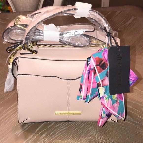 Steve Madden Handbags - STEVE MADDEN BLUSH BREESE CROSSBODY BAG